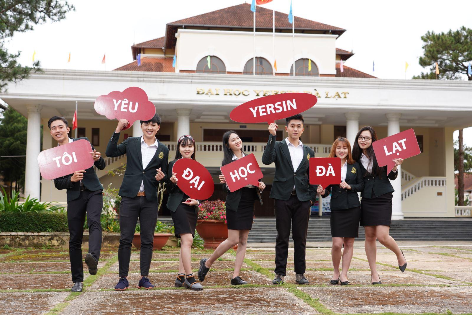 Tôi yêu Trường Đại học Yersin Đà Lạt