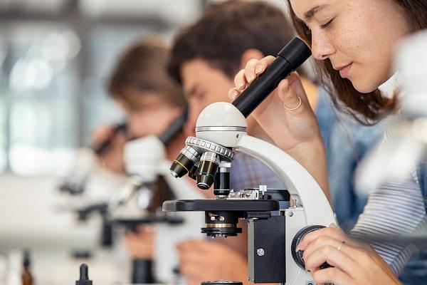 Tiêu chí chọn trường ngành Dược đúng chuẩn