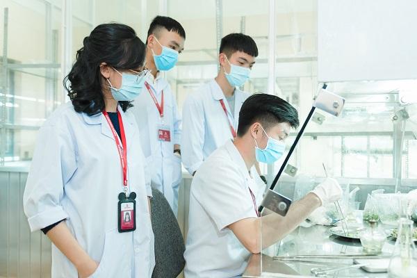 Ngành công nghệ sinh học sau khi ra trường có cơ hội việc làm rất cao