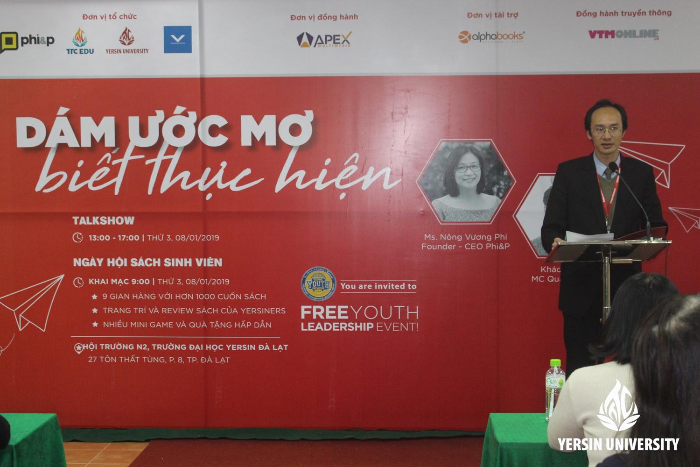 ThS. Nguyễn Thanh Sơn - Phó Hiệu trưởng Trường Đại học Yersin Đà Lạt phát biểu khai mạc Hội sách