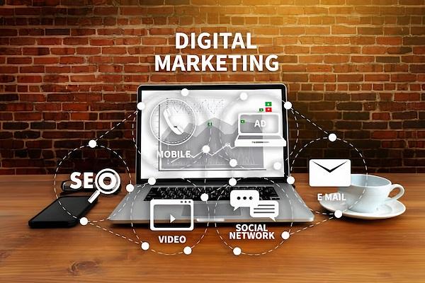 nganh-digital-marketing-hoc-truong-nao-2