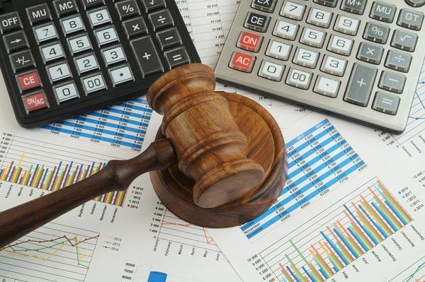Ngành kinh tế luật có tên tiếng Anh là Economic Law