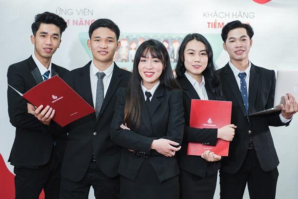 Sinh viên ngành Luật kinh tế Trường Đại học Yersin Đà Lạt