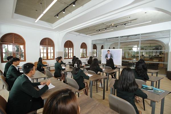 Ngành quản trị kinh doanh trường ĐH Yersin Đà Lạt thu hút nhiều sinh viên theo học