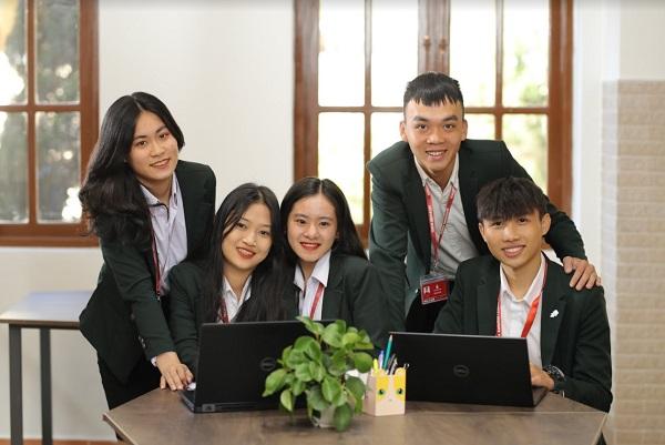 review-truong-dai-hoc-yersin-da-lat-4