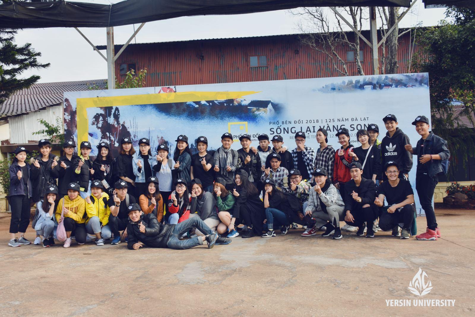 Khoa QTKD Du lịch – Trường Đại học Yersin Đà Lạt giành giải Nhất phần thi Nghệ thuật sắp đặt